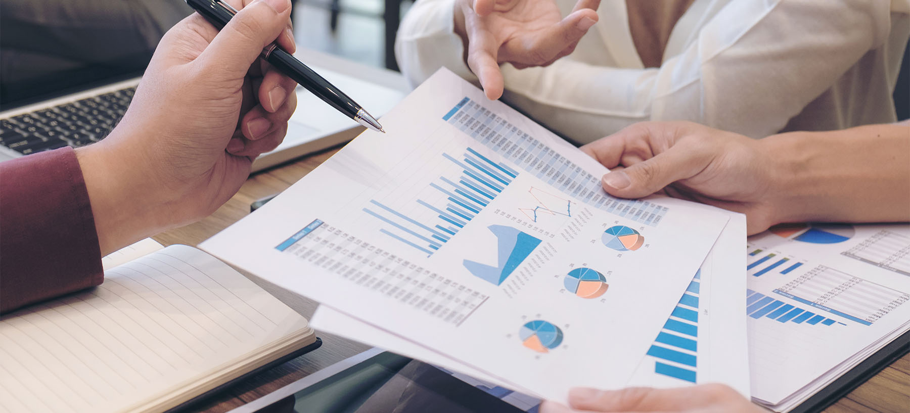 TRADING-CONSULTING-1800px